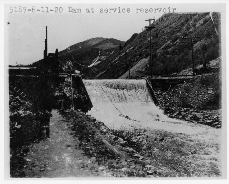 018-5189 Dam at service reservoir.jpg