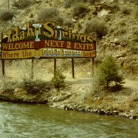 Welcome to Idaho Springs Sign